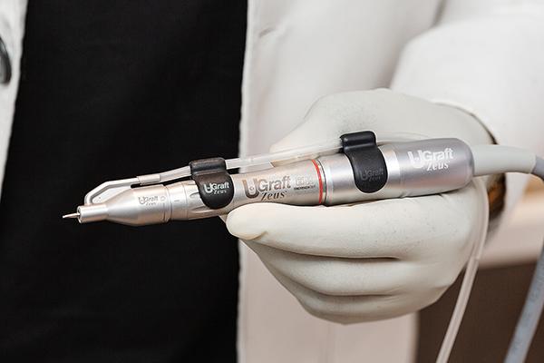 Dr.UGraft® Zeus FUE Hair Transplant System complete fluid enabled handpiece-600
